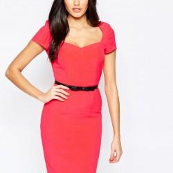 Siyah Kemer Detaylı Kırmızı Kalem Elbise Modeli