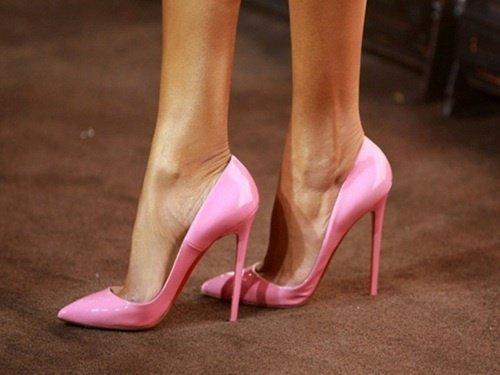 Stiletto ayakkabı nedir sorusunun cavabı