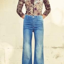 Çok Zarif Gömlek İle Yüksek Bel Bol Paça Pantolon Kombin Örnekleri