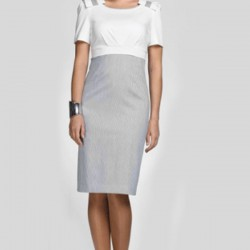 İki Renk Orta Yaş Bayan Giyim Modası