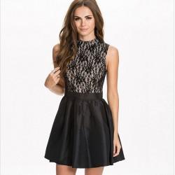 Siyah Dantelli Çok Zarif Elbise Modelleri