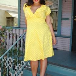 Sarı Çok Şık ve Çok Zarif Büyük Beden Puantiyeli Elbise Modeli
