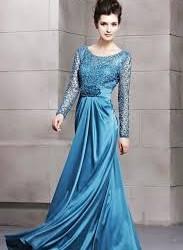 Mavi Renkli Yuvarlak Yaka İşlemeli Çok Şık Uzun Kollu Abiye Modeli