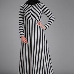 En Güzel Patırtı Tesettür Elbise Modelleri