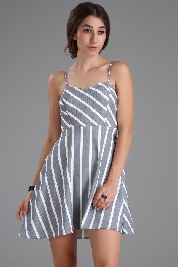 05645f6bdc70f İp Askılı Çizgi Detaylı Çok Şık Patırtı Elbise Modelleri »