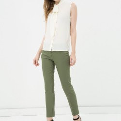 Çok Zarif Koton Marka Pantolon Modeli