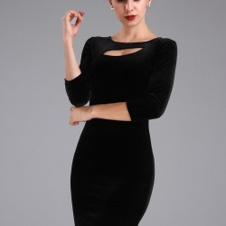 Gögüs Dekolteli Çok Zarif Patırtı Giyim Kadife Elbise Modeli