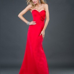 Straplez Uzun Kırmızı Abiye Modeli