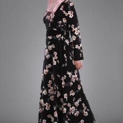 Çiçek Desenli Çok Şık Patırtı Tesettür Elbise Modelleri
