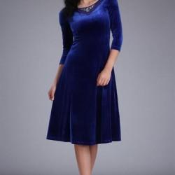 """Mavi Renkli Çok Güzel """"V"""" Yaka Detaylı Patırtı Kadife Elbise Modeli"""