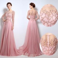 Pembe Renkli Çok Güzel ve Hoş Uzun Kollu Abiye Modeli