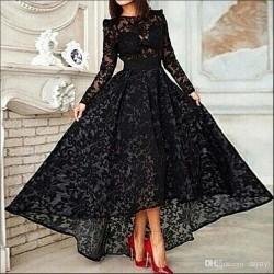 Siyah Renkli Ve dantelli Uzun Kollu Abiye Modeli