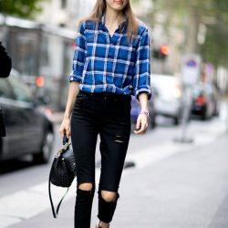 Yırtık Pantolon Gömlek Kombinler İle 2017 Sokak Modası