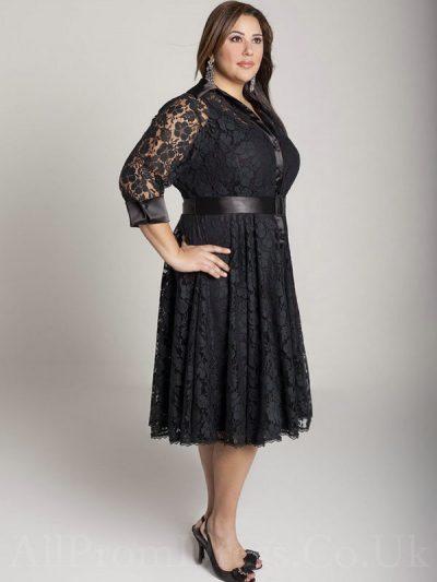 Kilolu Bayanlar İçin Siyah Renkli Dantelli Elbiseler 2017