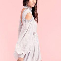 En Tarz Omzu Açık Mini Elbise Modelleri 2017