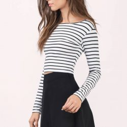Crop Top ve Mini Etek Kombinleri