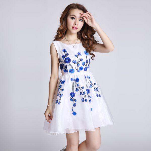 Çiçek Desenli Genç Elbise Modelleri 2018