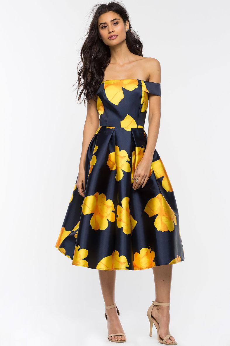 2018 Yeni Sezon Çiçek Desenli Kloş Elbise Modelleri