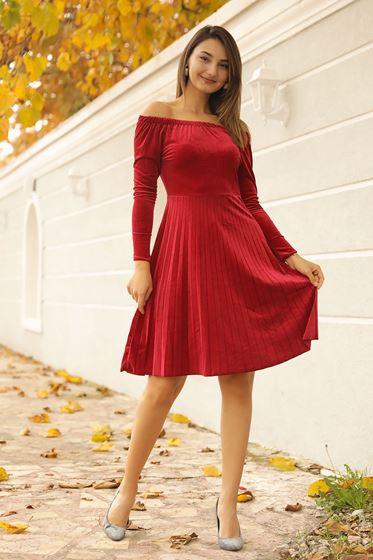 En Yeni Kayık Yaka Patırtı Elbise Modelleri 2020