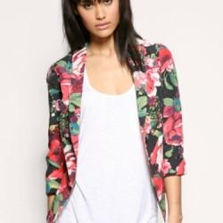 Rengarek Çiçek Desenli Ceket Modelleri