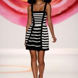 Askılı Monokrom Elbise Modelleri