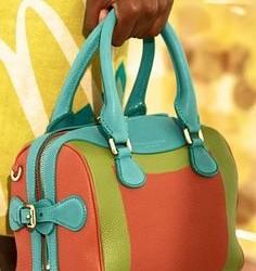 En Güzel Yazlık Burberry Çanta Modelleri